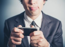 Games mobile estão em declínio, aponta pesquisa do Yahoo!