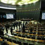 Câmara aprova projeto que libera terceirização de atividades nas empresas