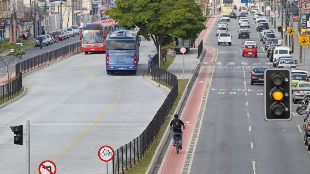 Plataforma digital usa IA para serviços de mobilidade urbana