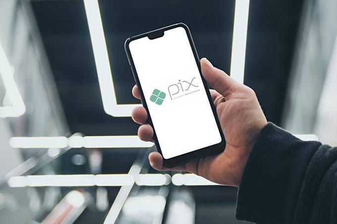 PIX avança no Brasil e mercado financeiro reage de modo positivo