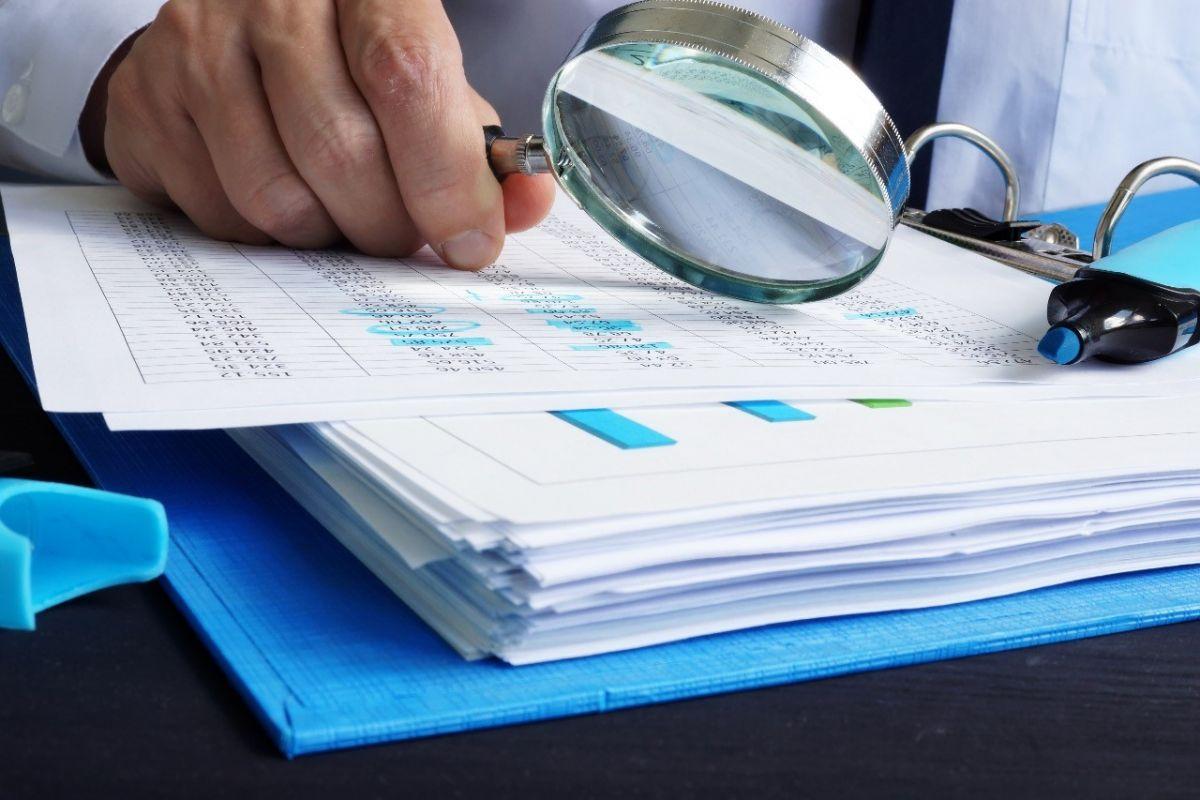 Como lidar com investigações corporativas sem expor a empresa