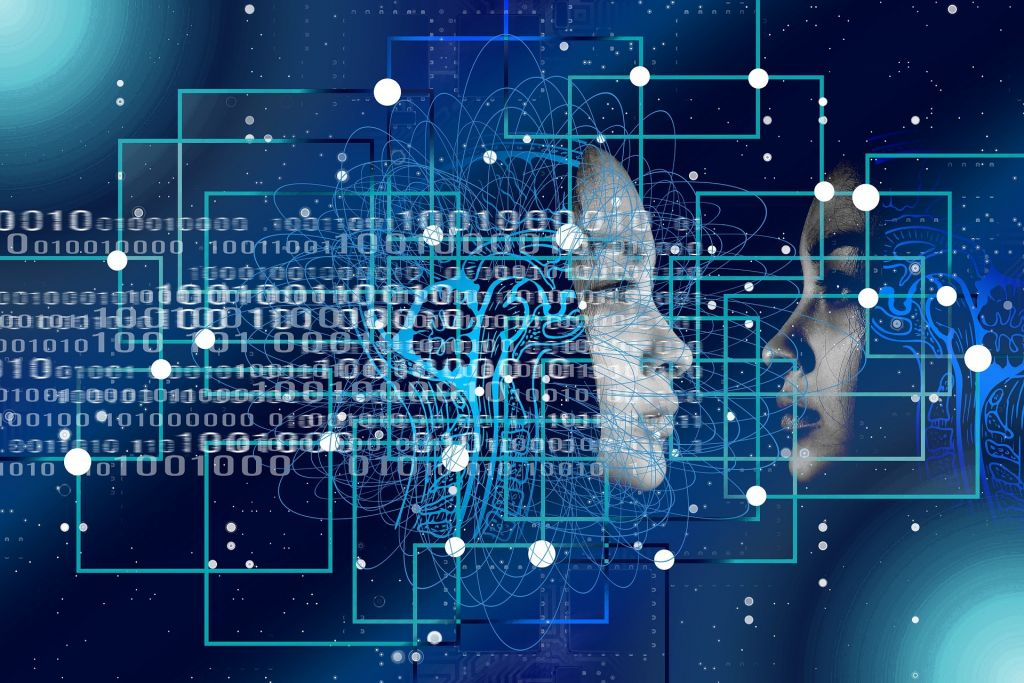 Presidente da Microsoft e Ronaldo Lemos debatem uso ético da IA