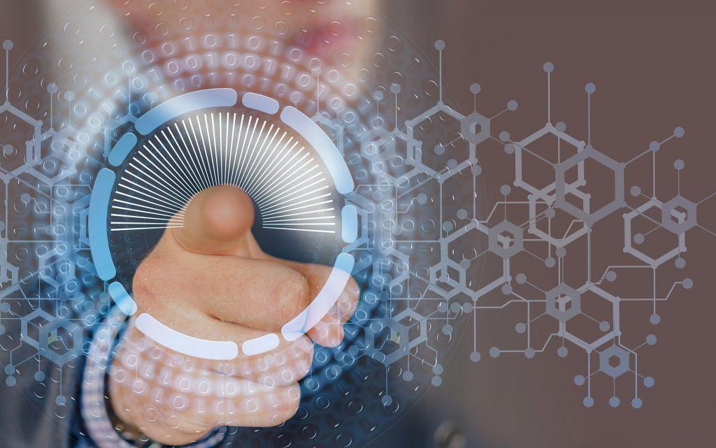 RPA da Nice oferece CX hiperpersonalizada com recursos de IA e automação mais inteligente