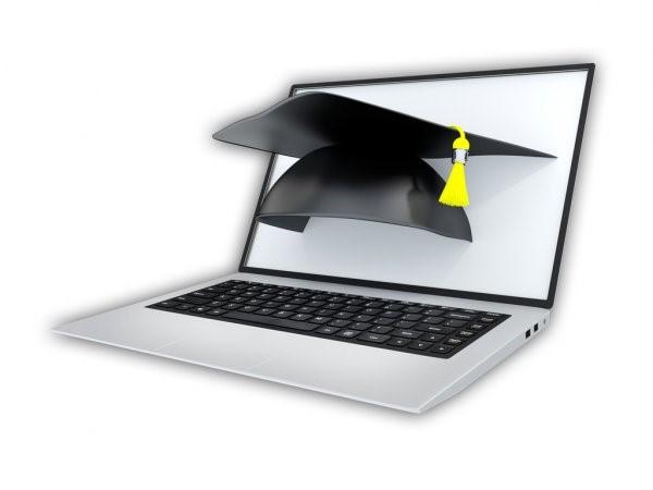 Uma análise do setor educacional e a tecnologia