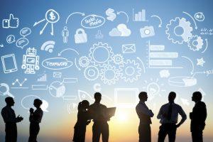 profissionais de tecnologia cercado de ideias
