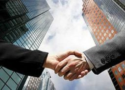 Adobe e VTEX firmam aliança de cooperação comercial