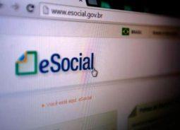 ADP reduz divergências de Folha Anual com solução eSocial