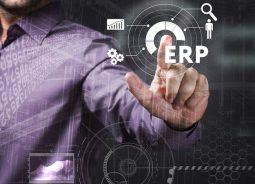 Estudo da Totvs: poucas empresas brasileiras de prestação de serviços exploram o potencial de ERP