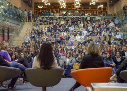 Criadora de plataforma de empoderamento feminino, norte-americana Ingrid Vanderveldt participará do lançamento do grupo Mulheres ACATE