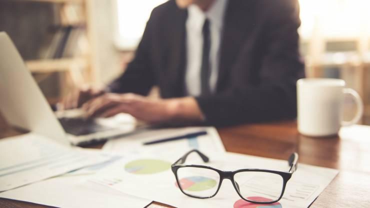 Como fluxos de trabalho ineficientes podem impactar sua empresa?