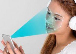Reconhecimento facial será padrão para desbloquear smartphones até 2020