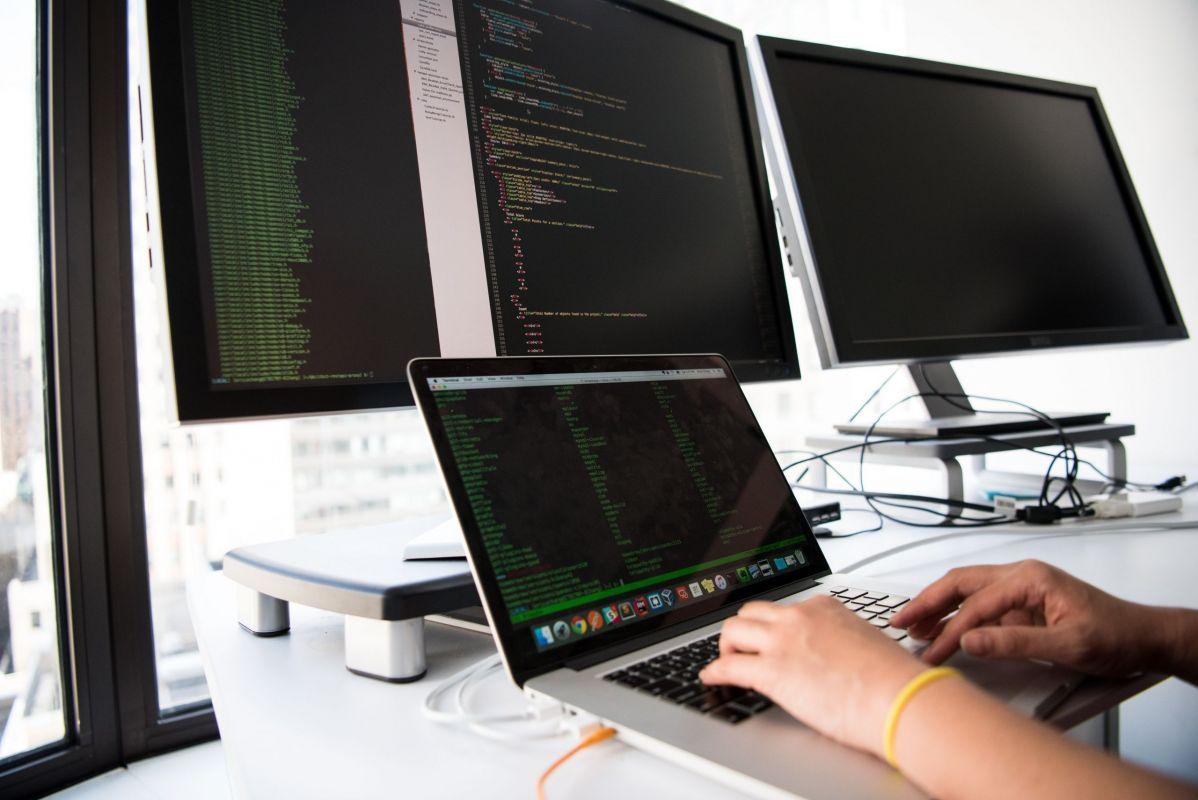Interesse de internautas pelo setor de Tecnologia cresce 121%