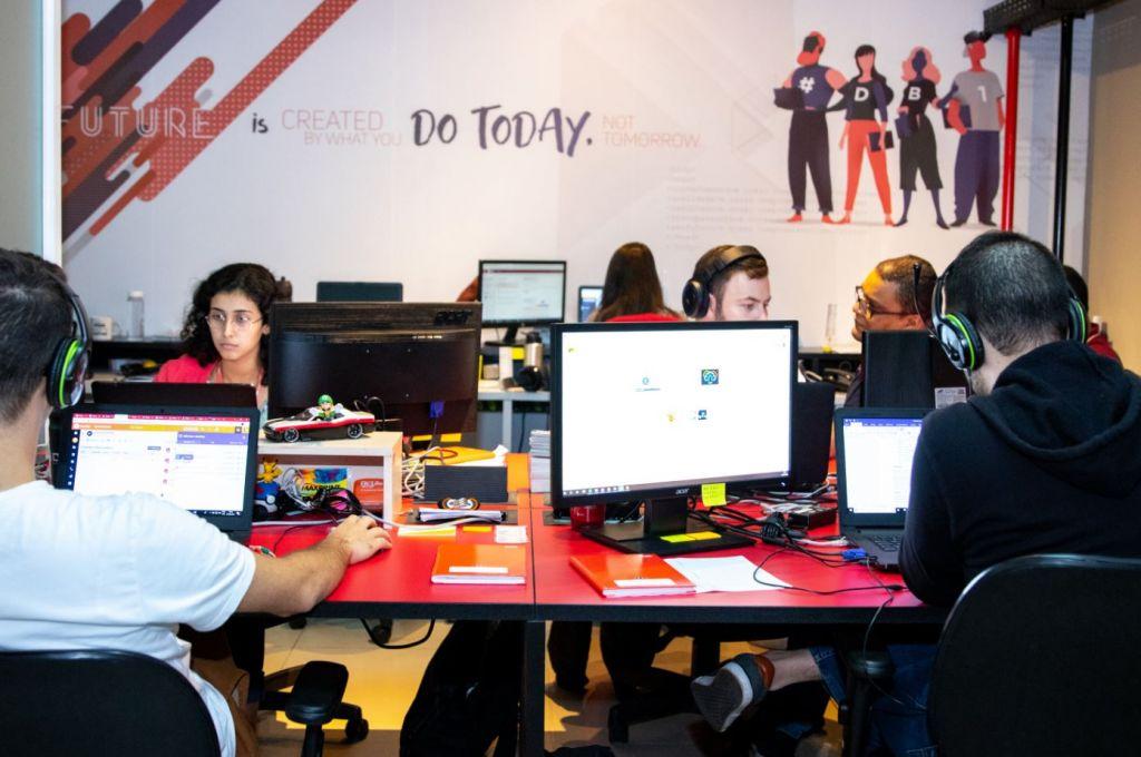 Grupo DB1 busca 136 profissionais para continuar expansão