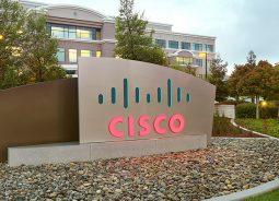 Cisco finaliza compra da britânica IMImobile