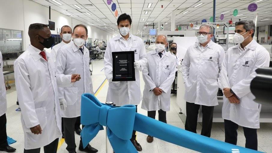 Ericsson inaugura 1ª linha de produção de 5G da AL na fábrica em São José dos Campos