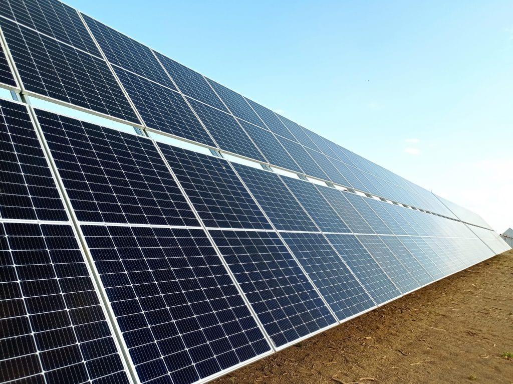 Reivax fornecerá controlador de energia para o parque solar Alex da Elera Renováveis