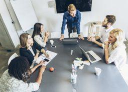 Estudo mostra os fatores que pesam na contratação em TI
