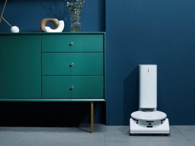 Aspirador de pó robô usa IA e pode ser controlado pelo smartphone