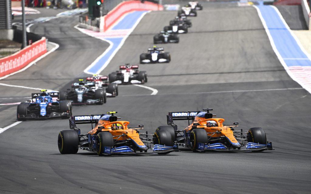 Alteryx acelera análise de dados na equipe McLaren de F1