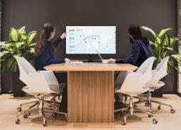 Novo monitor interativo da ViewSonic prima pela versatilidade
